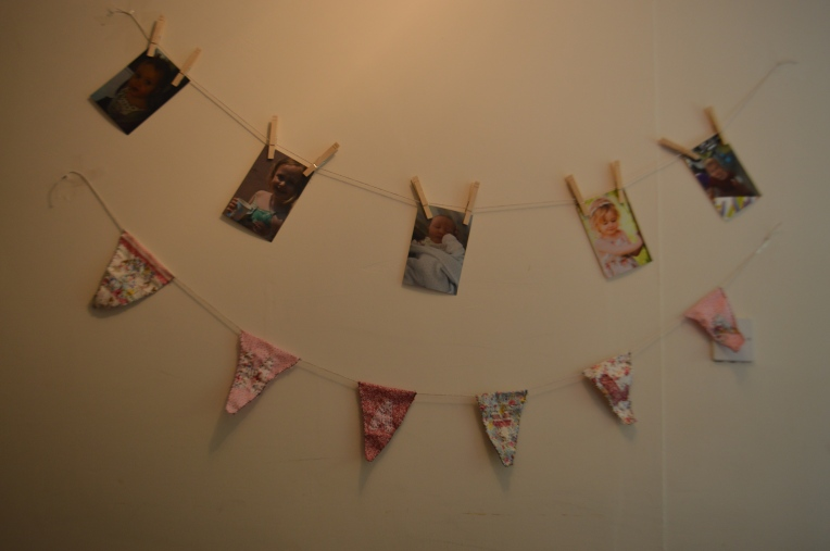 bespoke bunting, picture line, pegs