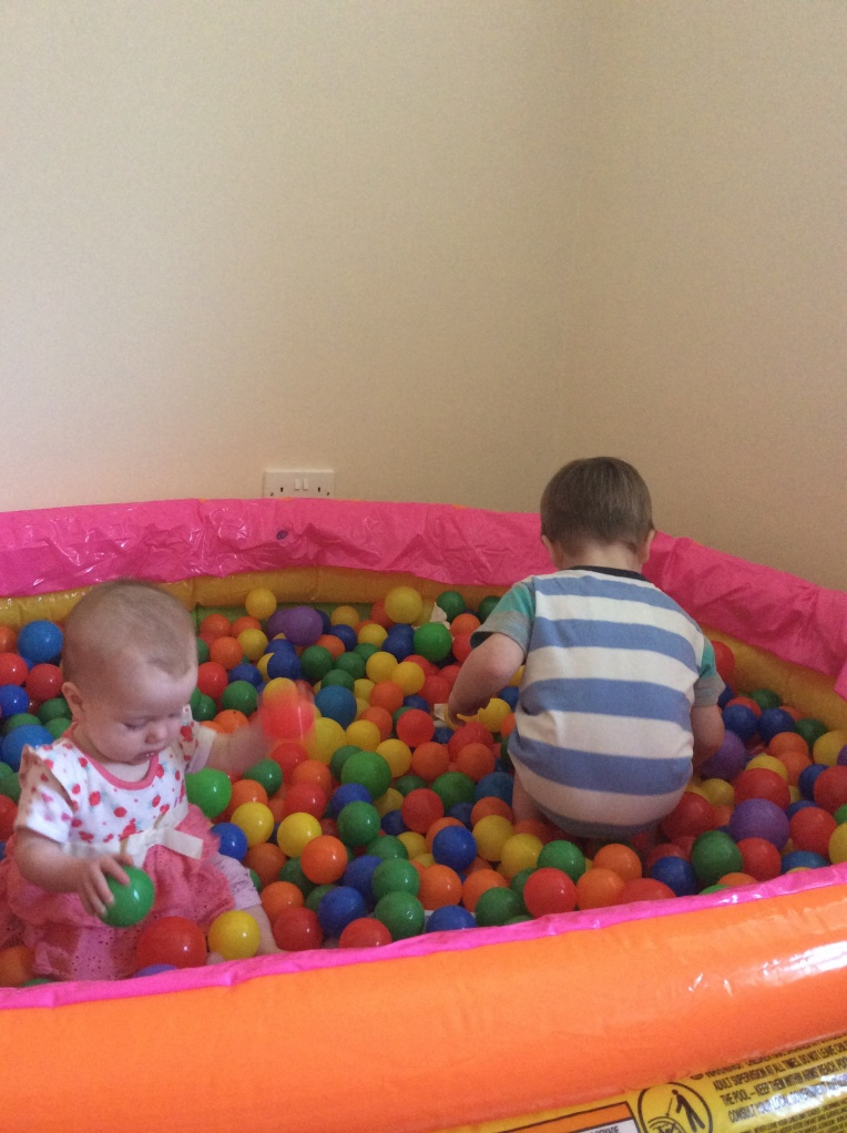 ball pool, sensory play