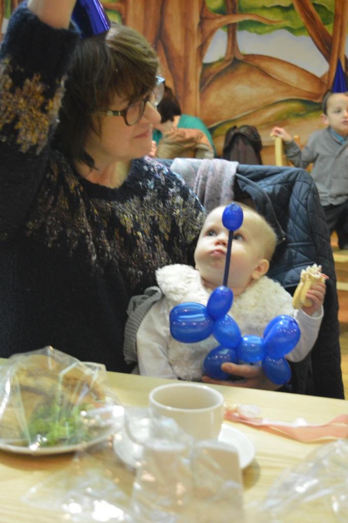 balloon animals, Christmas, Barton Grange, dontcallmestepmummy, blended family