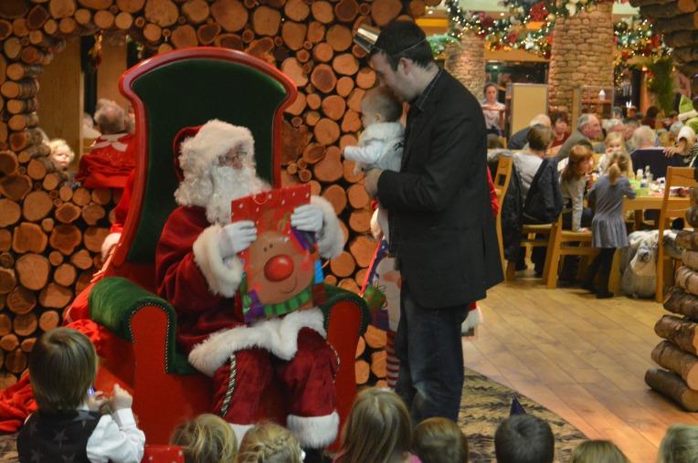 Barton Grange, Santa's Grotto, dinner with Santa, Christmas, Father Christmas, presents, dontcallmestepmummy, blended family