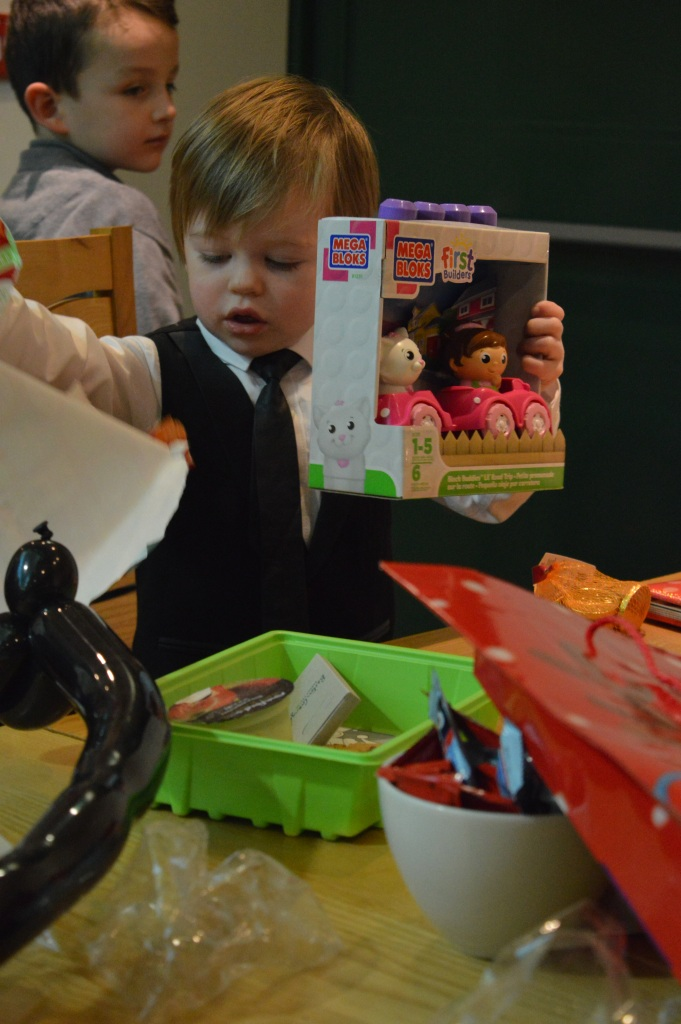 gift from Santa, Christmas, presents, Barton Grange, dontcallmestepmummy, blended family