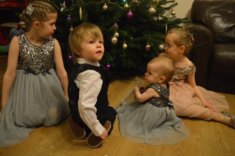 christmas, christmas tree, family portrait, christmas family portrait, christmas tree, blended family, dontcallmestepmummy