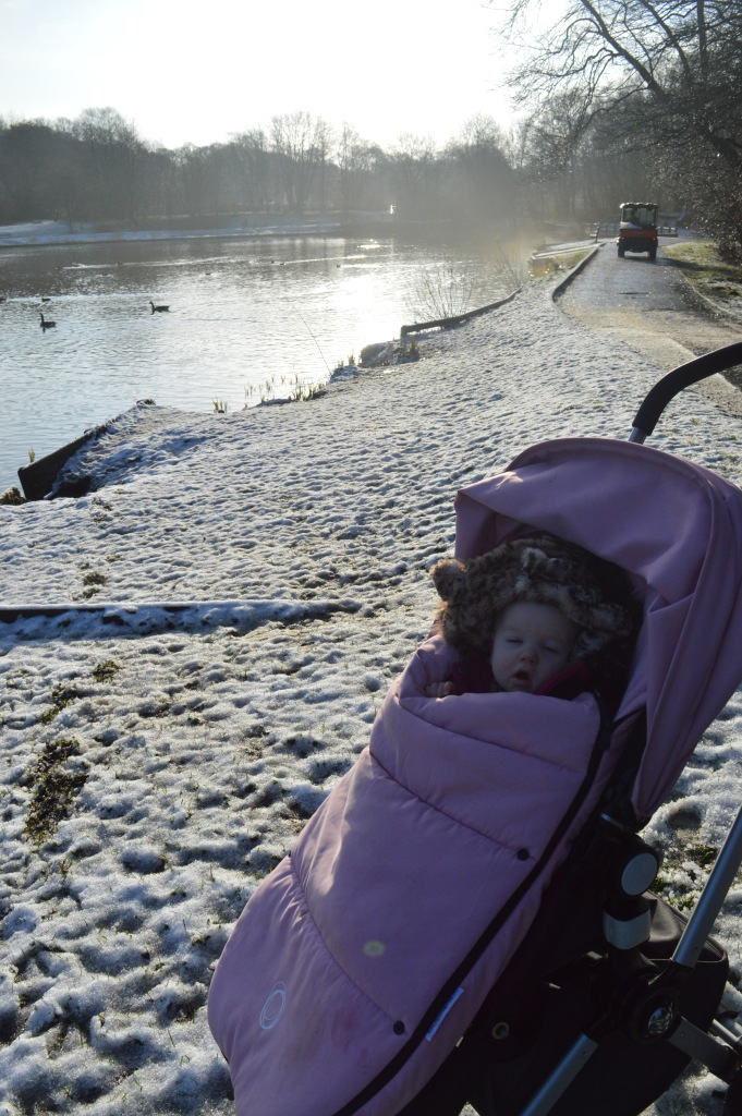 Birkacre, country kids, Our Great 2015 Outdoors Bucketlist, dontcallmestepmummy, blended family, mummy blog, snow, winter days, yarrow valley country park,