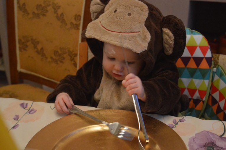 living arrows, monkey suit, monkey baby, dinner time