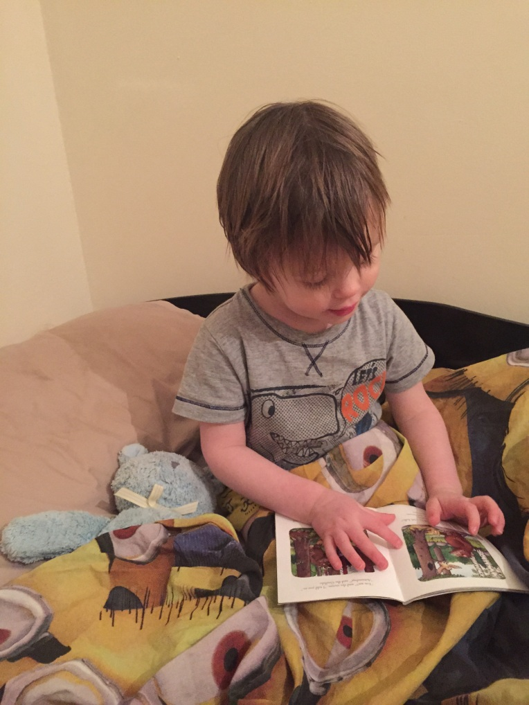 reading, bedtime routine, toddlers, nightmares, dontcallmestepmummy, blended family, mummy blog