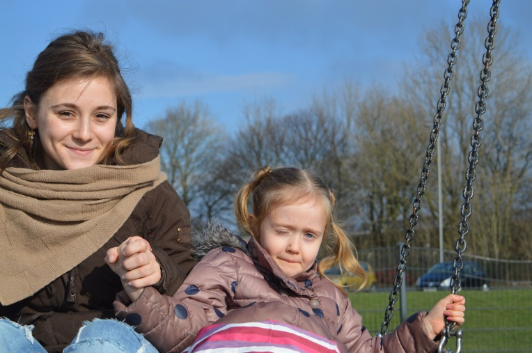 the ordinary moments, au pair, meeting your au pair, blended family, dontcallmestepmummy, mummy blog