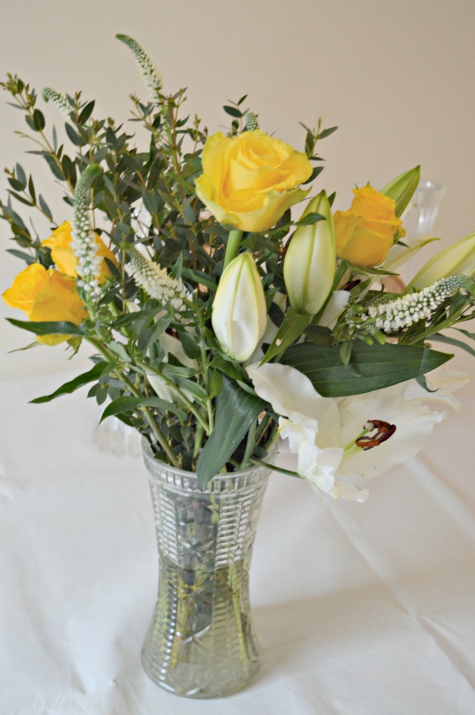 reviews, flowers, mothers day, dotcallmestepmummy, blended family, mummy blog, Debenhams Flowers, Sunshine Lily & Rose bouquet