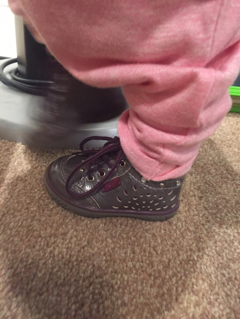 Just the 2 of Us, justus2, dontcallmestepmummy, blended family, mummy blog,  mummy and daughter, first shoes, paces and laces, NOEL shoes, shoe shopping