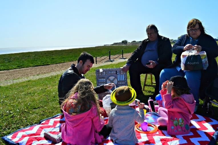 windy picnic, seaside, beach, dontcallmestepmummy, blended family, parent blogger, big family
