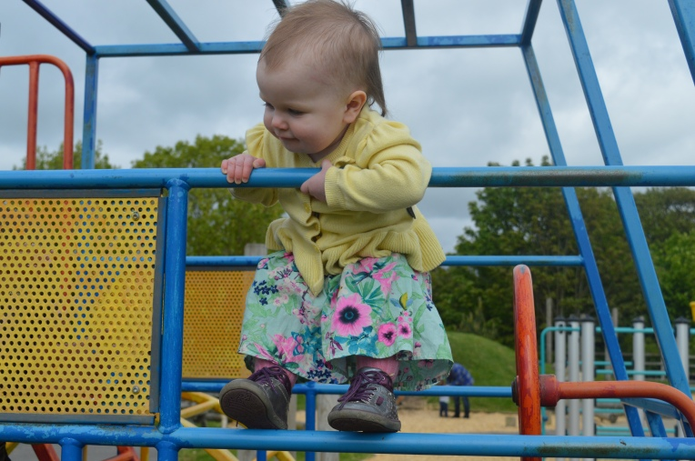 chalk and cheese, siblings, differences, play area, slides, swings, toddlers, toddler life, don't call me step mummy, parent blog, mummy blogger,
