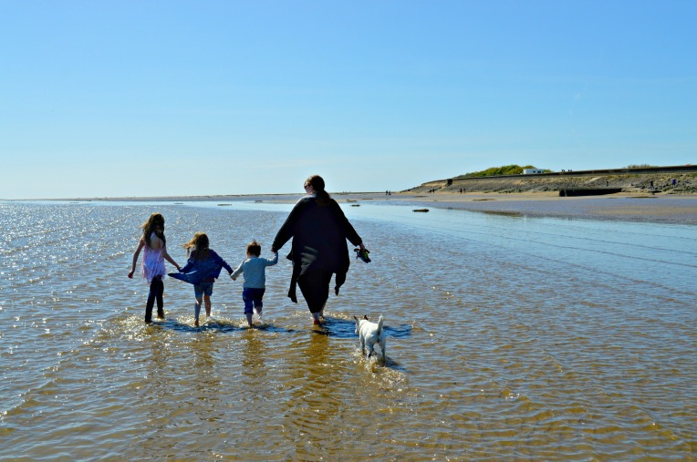 ordinary moments, sun, sea, sinking sand, beautiful children, seaside, cute babies, toddlers, dontcallmestepmummy, mummy blog, blended family, parent vlogger