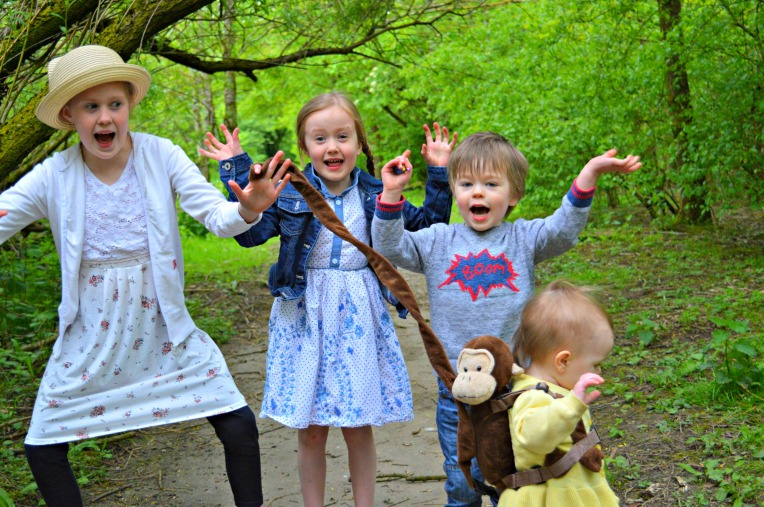 siblings, may, dontcallmestepmummy, blended family, mummy blog, family portraits, woodland walks